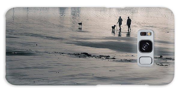 Morning Walk, Gooch's Beach, Kennebunk, Maine Galaxy Case