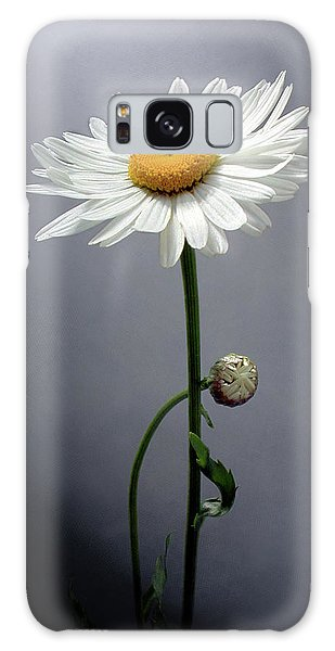 Mother Daisy Galaxy Case