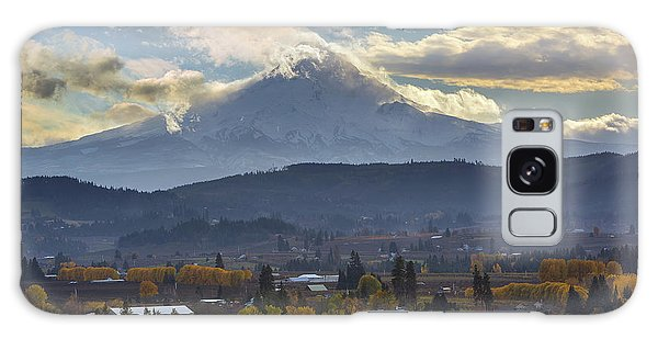Mount Hood Over Hood River Valley In Fall Galaxy Case