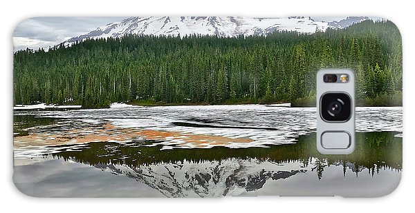Mount Rainier From Reflection Lakes Galaxy Case