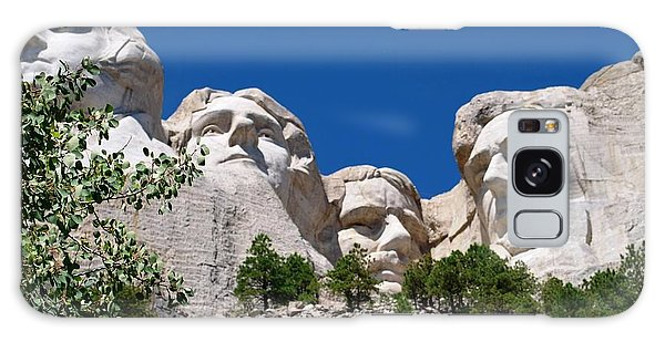 Mount Rushmore Close Up View Galaxy Case