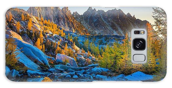 Mountainous Paradise Galaxy Case