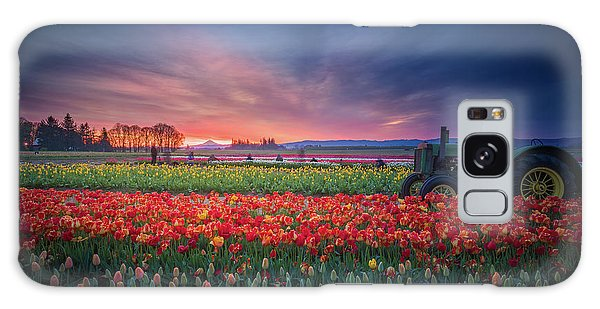 Mt. Hood And Tulip Field At Dawn Galaxy Case