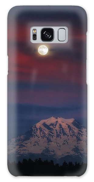 Mt Rainer Super Moon Galaxy Case