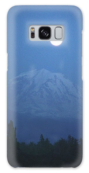 Mt Rainier Full Moon Galaxy Case