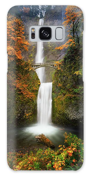Multnomah Falls In Autumn Colors Galaxy Case