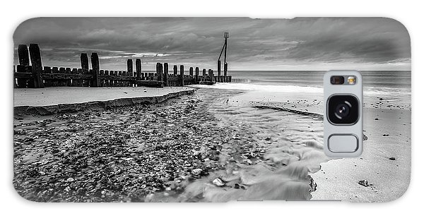 Galaxy Case featuring the photograph Mundesley Beach - Mono by James Billings