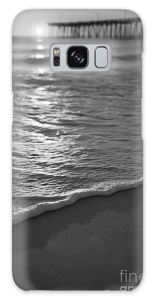 Nags Head First Light Bw Galaxy Case