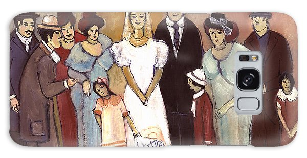 Naive Wedding Large Family White Bride Black Groom Red Women Girls Brown Men With Hats And Flowers Galaxy Case