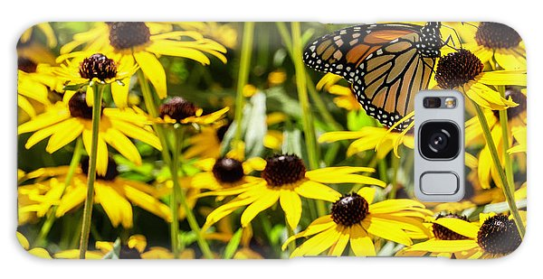 Monarch Butterfly On Yellow Flowers Galaxy Case