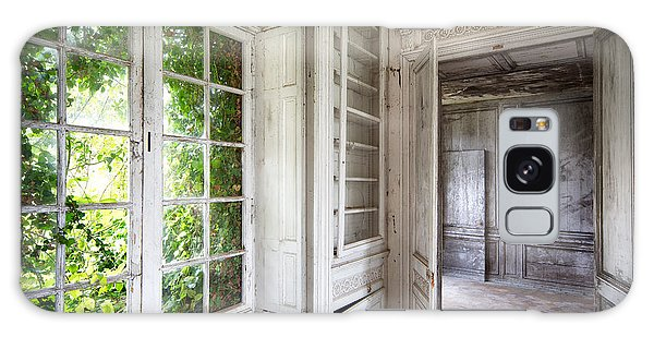 Nature Closes The Window - Urban Decay Galaxy Case by Dirk Ercken