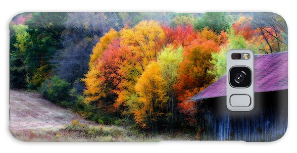 New England Tobacco Barn In Autumn Galaxy Case