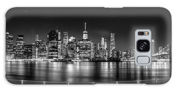 New York City Skyline Panorama At Night Bw Galaxy Case