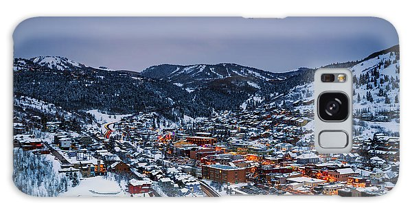 Night Scene In Park City. Galaxy Case
