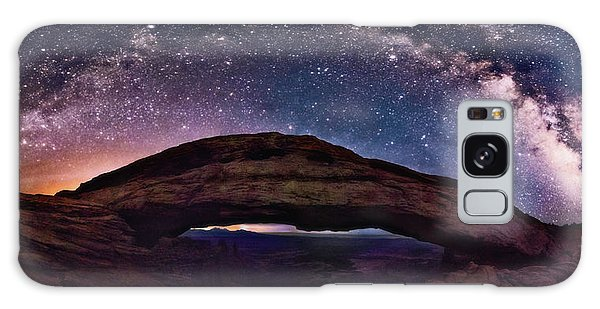 Night Sky Over Mesa Arch Utah Galaxy Case