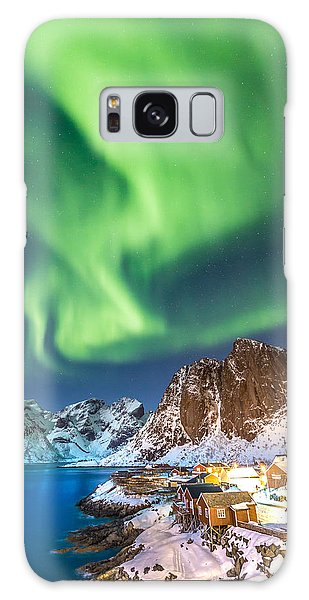Northern Lights In Hamnoy Galaxy Case
