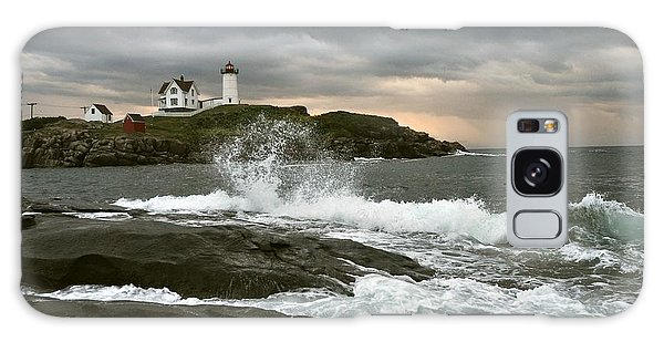 Nubble Light In A Storm Galaxy Case