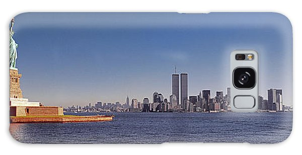 New, York, City, Skyline, Twin, Towers, Statue Of Liberty  Galaxy Case