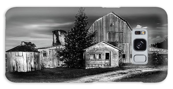 Ohio Barn At Sunrise Galaxy Case