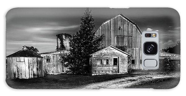 Ohio Barn At Sunrise Galaxy Case