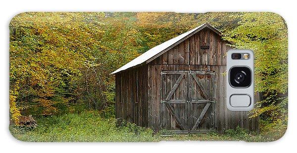 Old Barn New England Galaxy Case