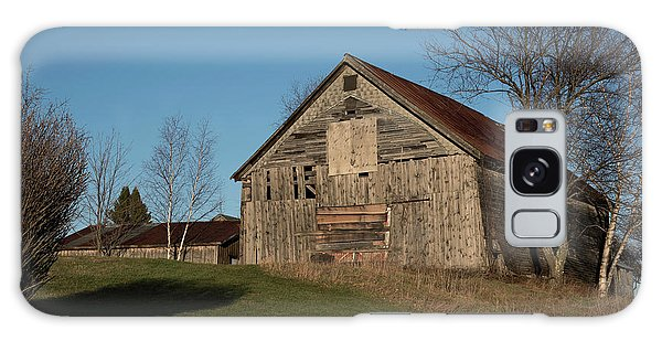 Old Barn On A Hill Galaxy Case