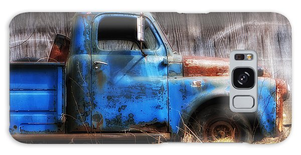 Old Blue Truck Galaxy Case