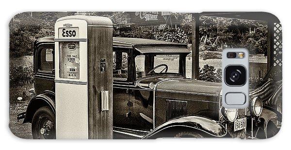 Old Car @ Gas Station Galaxy Case