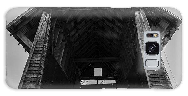 Old Corn Crib Galaxy Case