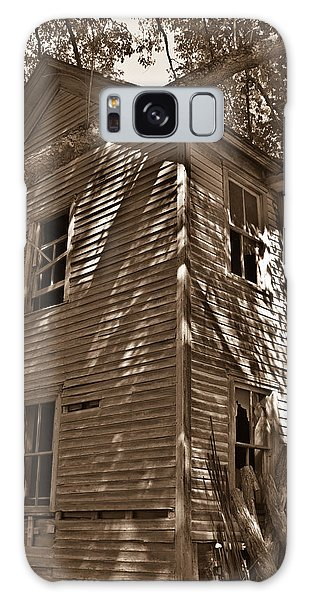 Old Farmhouse In Summertime Galaxy Case