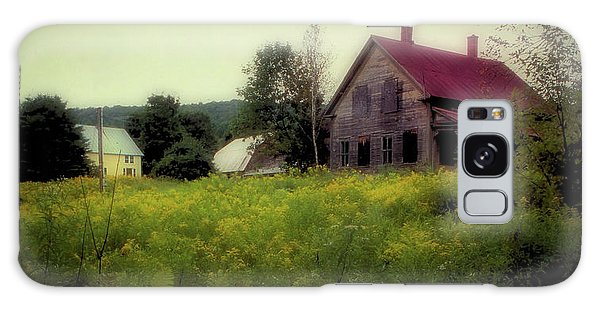Old Farmhouse - Woodstock, Vermont Galaxy Case