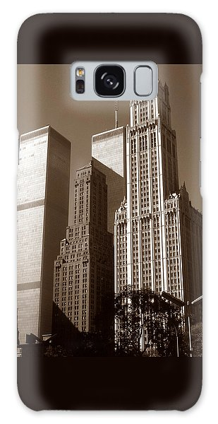 Old New York Photo - Woolworth Building And World Trade Center Galaxy Case
