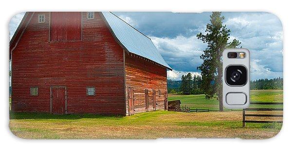 Old Red Big Sky Barn  Galaxy Case