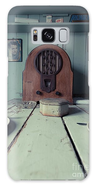 Galaxy Case featuring the photograph Old Time Kitchen Table by Edward Fielding