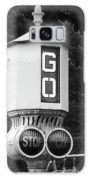 Old Traffic Light Galaxy Case