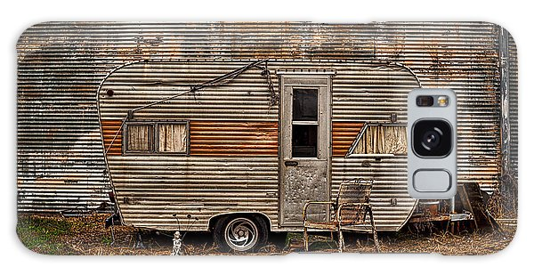Old Vintage Rv Camper In The Mississippi Delta Galaxy Case