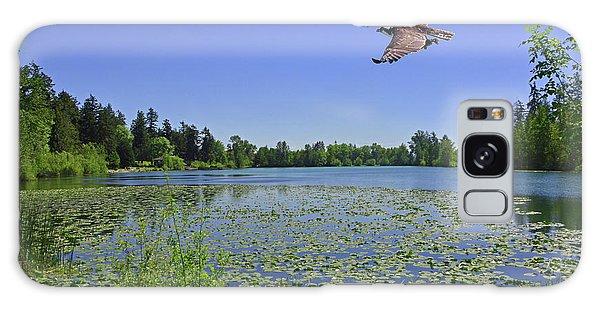 Osprey Fishing At Wapato Lake Galaxy Case