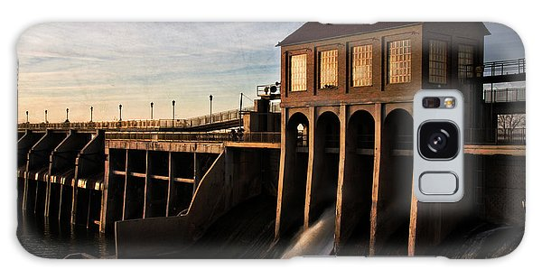 Overholser Dam Galaxy Case by Lana Trussell
