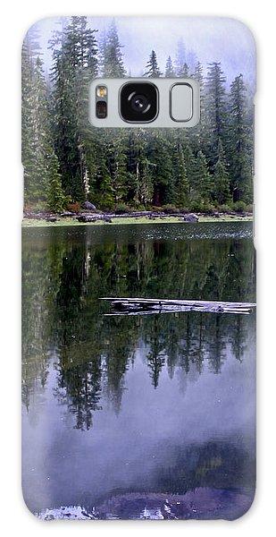 Pamelia Lake Reflection Galaxy Case