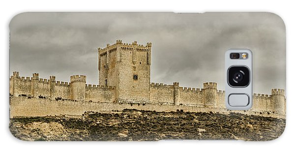 Penafiel Castle, Spain. Galaxy Case