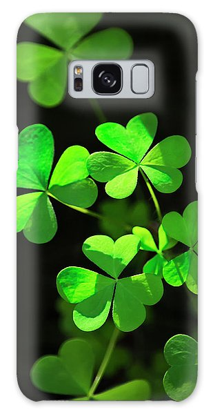 Perfect Green Shamrock Clovers Galaxy Case by Christina Rollo
