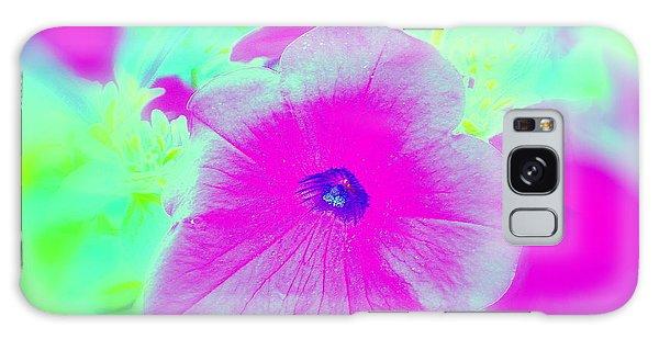 Petunia Glow E Galaxy Case