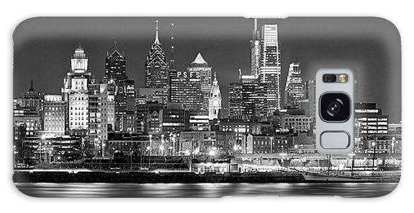 Sunset Galaxy Case - Philadelphia Philly Skyline At Night From East Black And White Bw by Jon Holiday