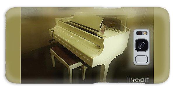 Piano Dream Galaxy Case