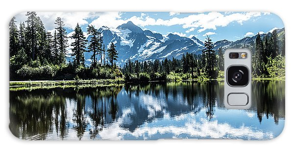 Picture Lake Galaxy Case