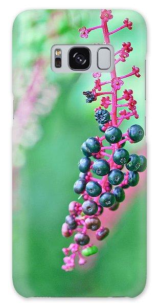 Poke Berries Galaxy Case