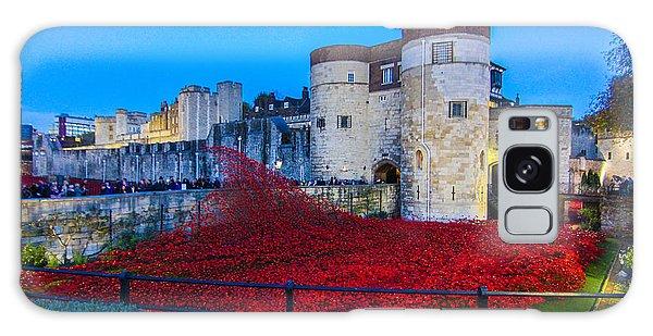 Poppy Flowers Tower Of London Galaxy Case