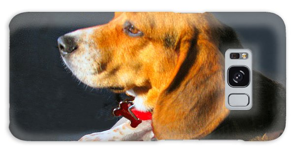 Portrait Of Pebbles - The Independent Beagle Galaxy Case