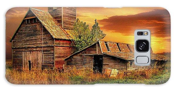 Prairie Barns Galaxy Case