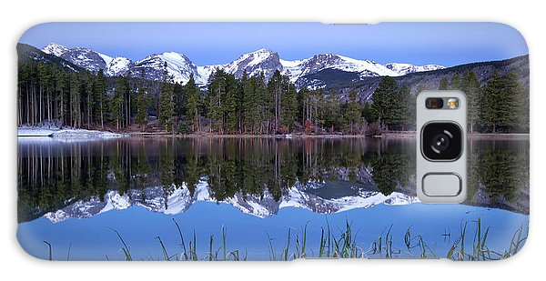 Pre Dawn Image Of The Continental Divide And A Sprague Lake Refl Galaxy Case by Ronda Kimbrow